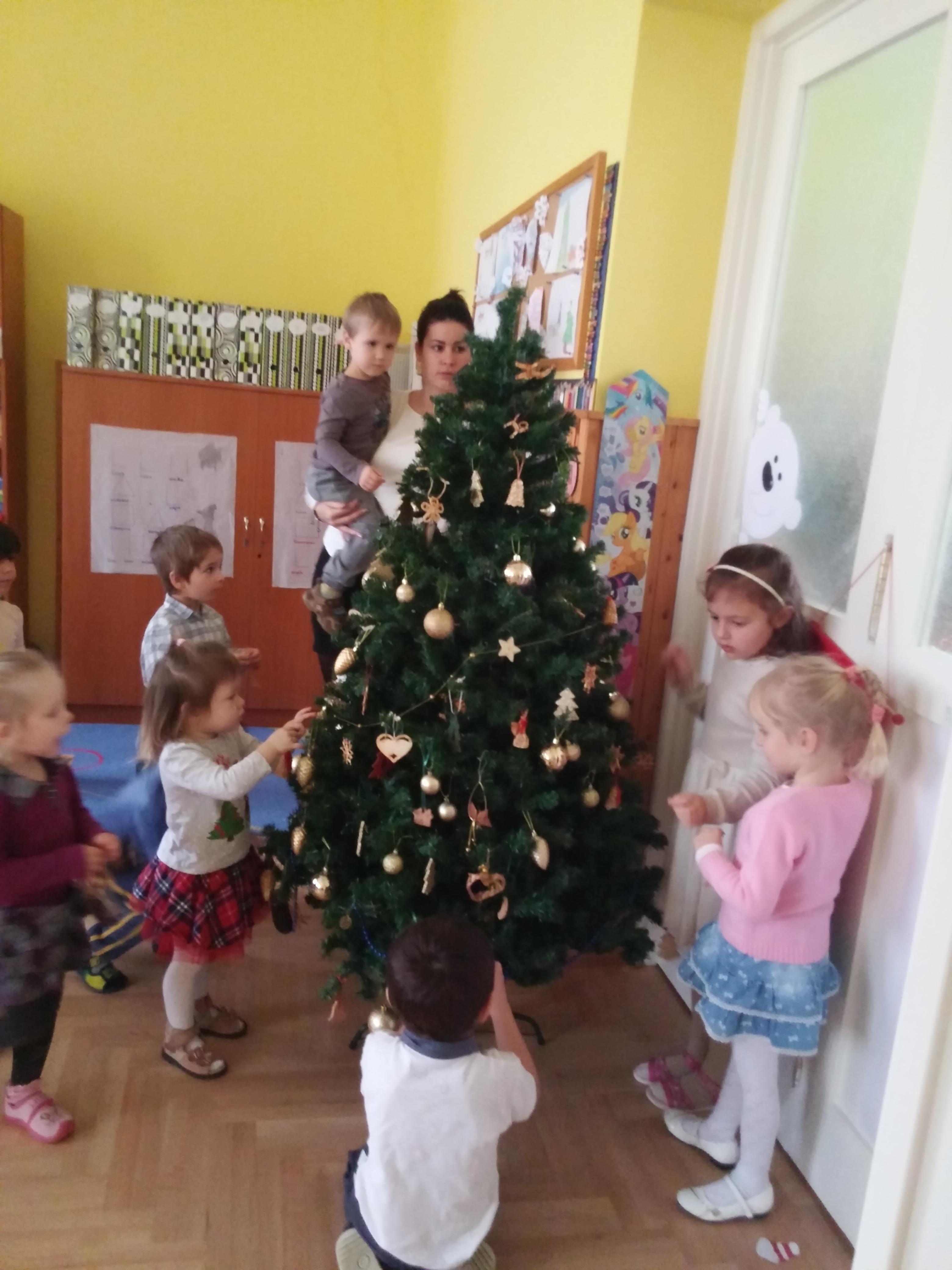 karácsony (2)